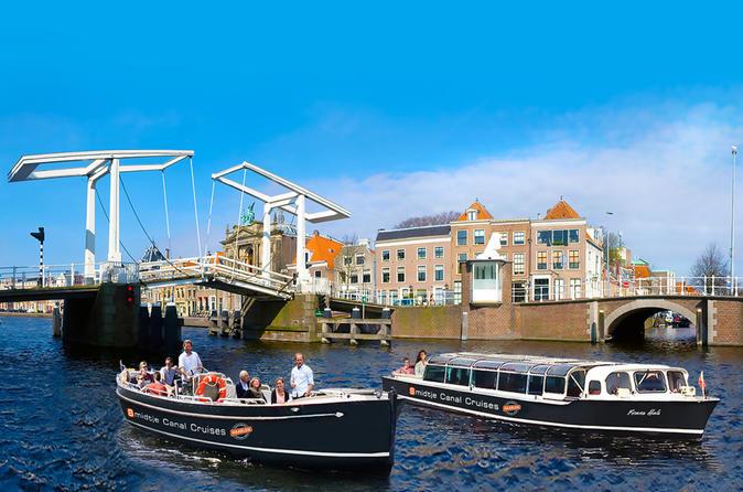 Haarlem: Hop-On Hop-Off Boat Cruise