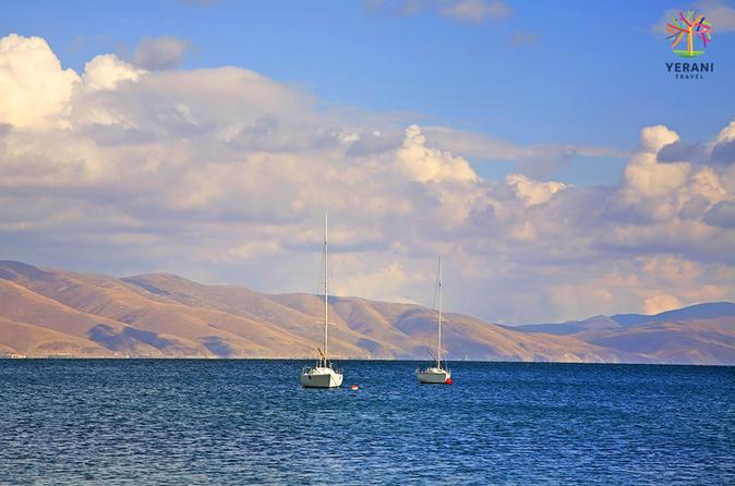 Private Tour: Lake Sevan, Noratus, Hayravank