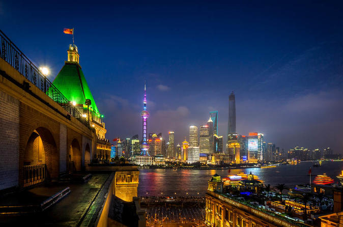 Private Shanghai Riverside Night Walk including Bund & ferry to Lujiazui Pudong