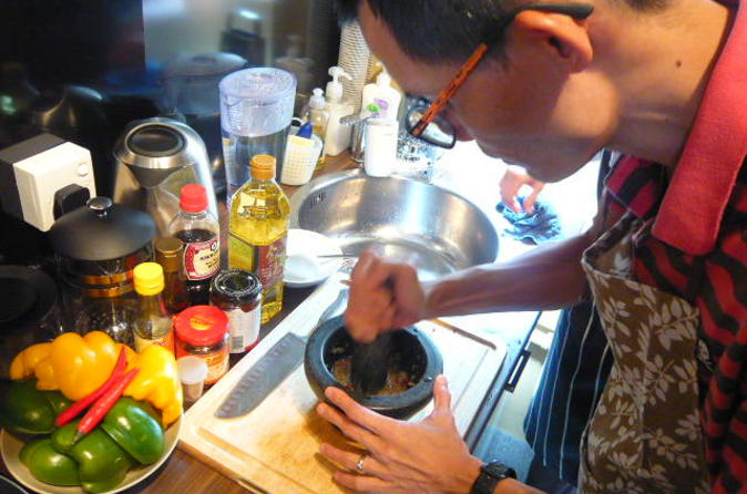 Private Tour: Chinese Cooking Class in Hong Kong