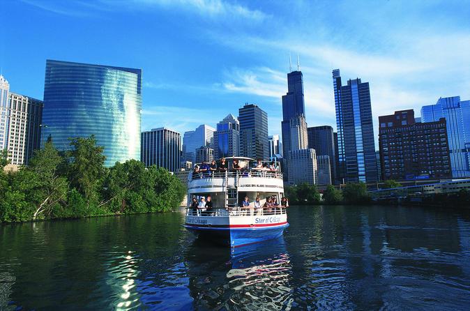 Cruzeiro de arquitetura pelo rio Chicago