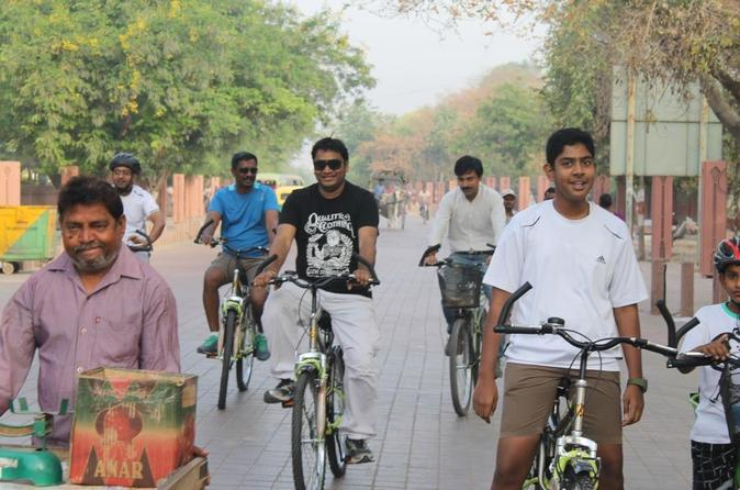 Explore The Bylanes Of Agra On Cycle - Delhi