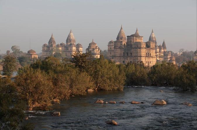 Exploring the Hidden Beauty of Orchha Day Tour