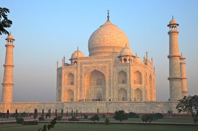 Historical Agra Day Tour: Taj Mahal Sunrise, Agra Fort and Baby Taj