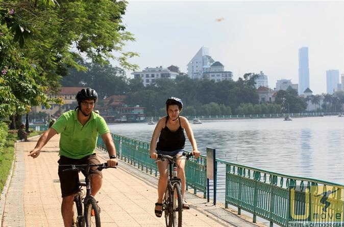 Sun Rise Biking Tour from Ha Noi
