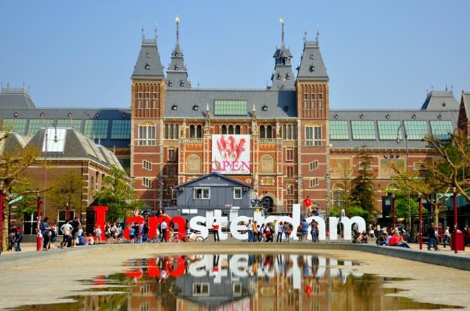 Saltafila: tour al Museo di Van Gogh e al Rijksmuseum, compresi pranzo e crociera sui canali di Amsterdam