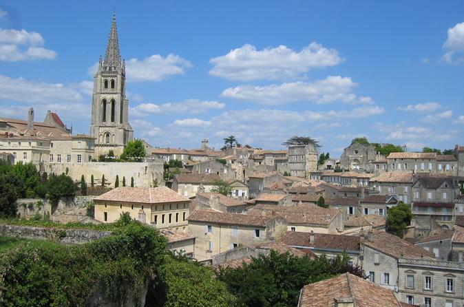 Degustação de vinhos em St-Emilion ou Medoc em grupo pequeno e Excursão à Chateaux saindo de Bordeaux