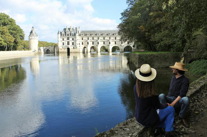Small group tour to chambord and chenonceau chateaux with lunch at a in tours 283799