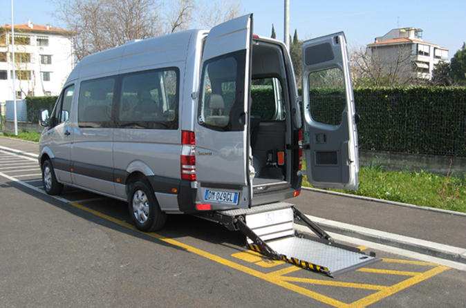 Accessible Transfer Service for wheelchair users in Rome