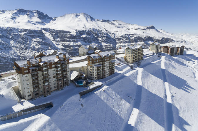 VALLE NEVADO SKI RESORT DAY TRIP WITH OPTIONAL SKI OR SNOWBOARD