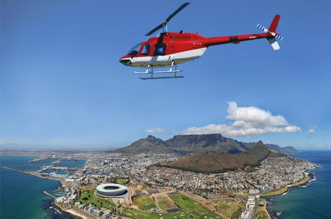 Passeio de helicóptero particular na Cidade do Cabo: oceanos Índico e Atlântico