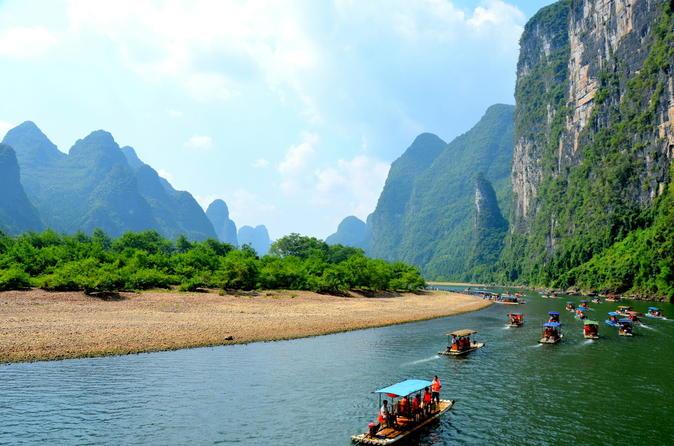 Guilin to Yangshuo Li River bamboo Cruise(official operator)