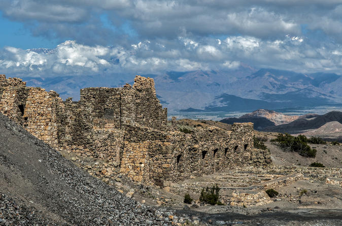 Cidade Fantasma de Paramillos, saindo de Mendoza