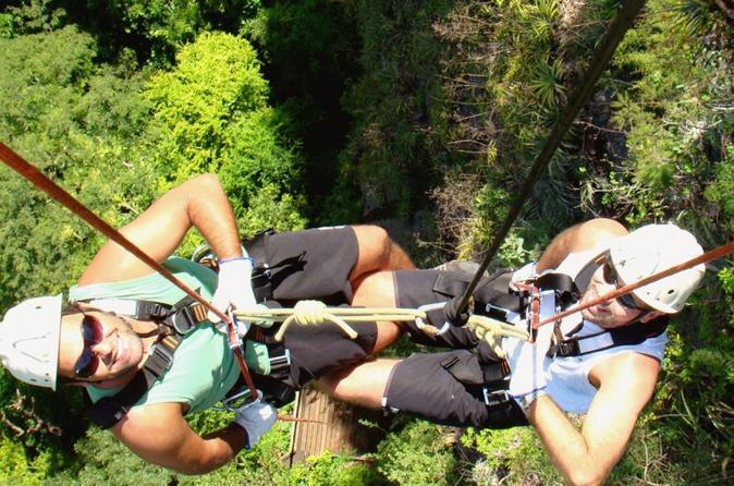 Excursão para rapel na Cachoeira Boca da Onça saindo de Bonito