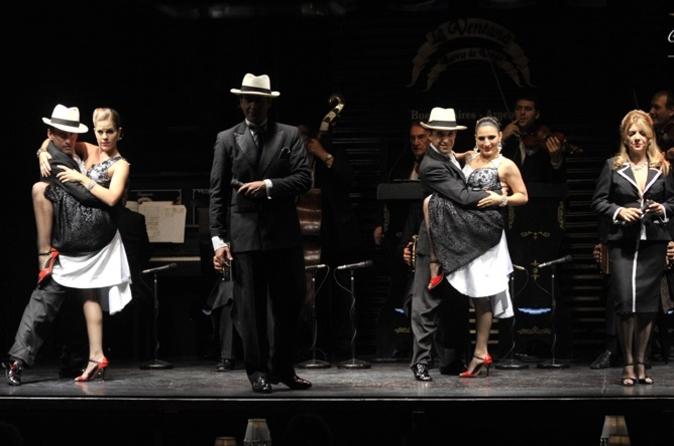 Show de Tango La Ventana com Jantar opcional em Buenos Aires