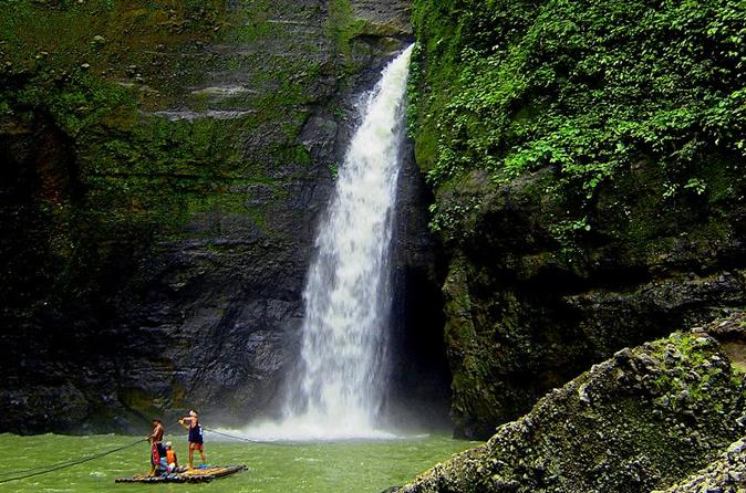 Pagsanjan Falls Adventure from Manila""