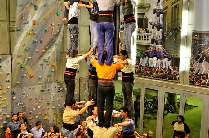 Small-Group Tour in Barcelona: Catalan Food and Human Tower Display