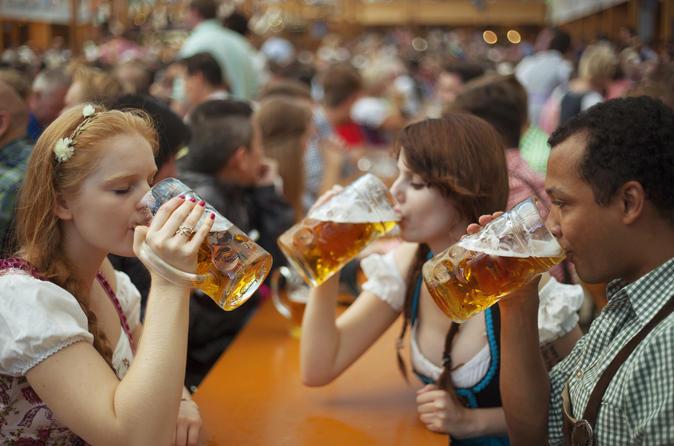 Excursão de cerveja noturna em Munique