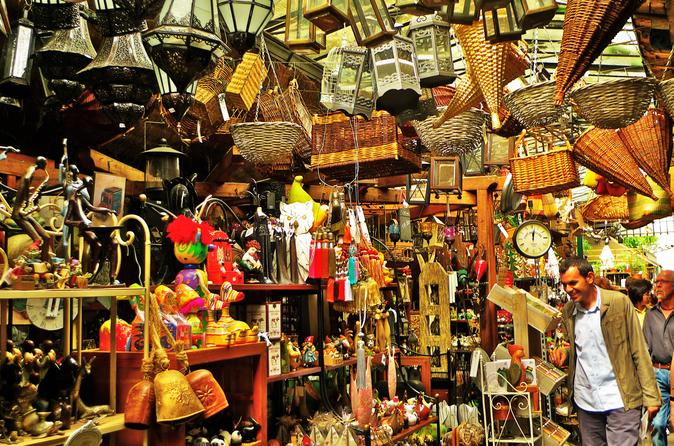 St-Ouen Flea Market: Bargain-Hunting Tour in Paris