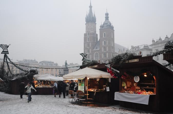 Private Tour of Krakow Christmas Market with Mulled Wine and Food Tastings
