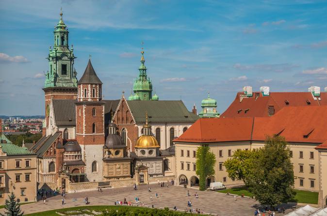 Private Tour: Royal Krakow Walking Tour including Visit to Wawel Castle