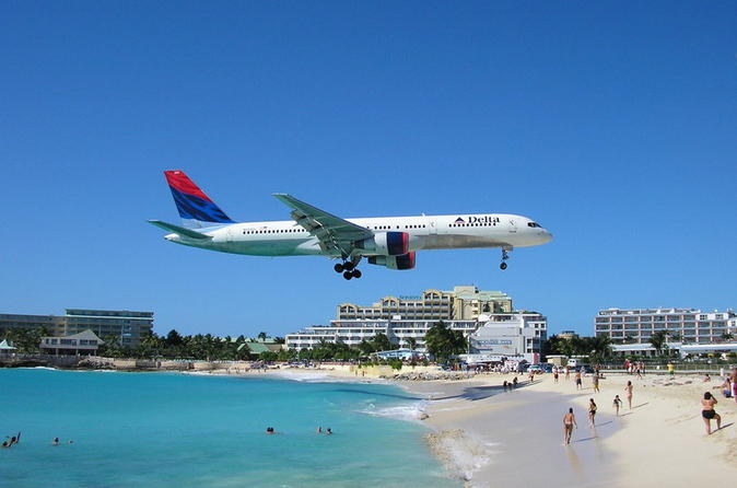 Shared Arrival Transfer: St Maarten Airport to Hotel