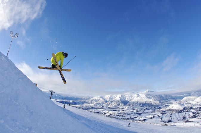 Coronet Peak Round-Trip Ski Transfer from Queenstown