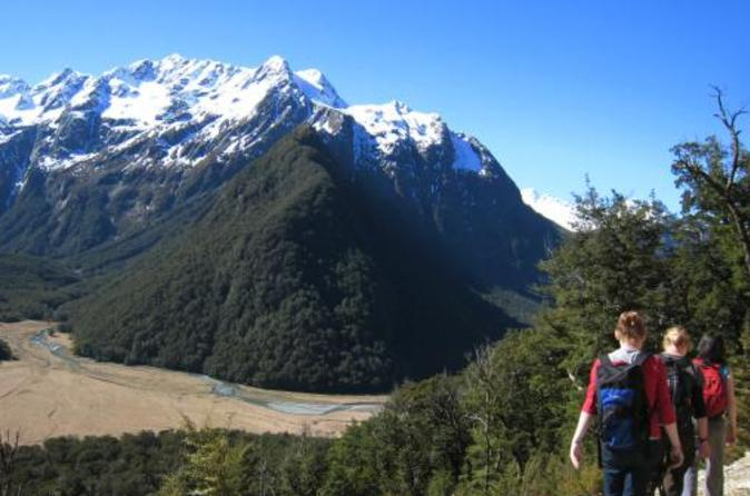 Full-Day Routeburn Track Guided Hike from Queenstown