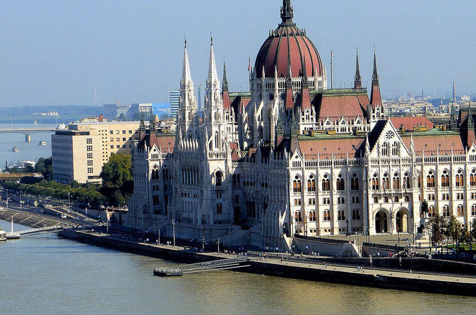 Parliament Tour And Hungarian Folklore Show Plus Drink Cruise - Budapest