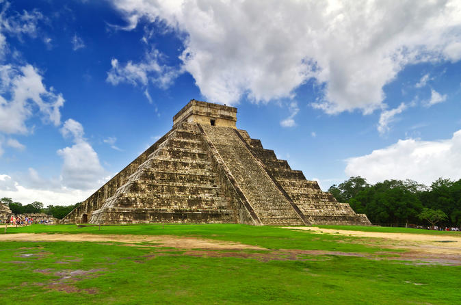 Cancun combo chichen itza tour plus isla mujeres dolphin encounter or in cancun 137669