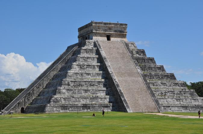 Chichen itza small group tour with private entrance in cancun 204142