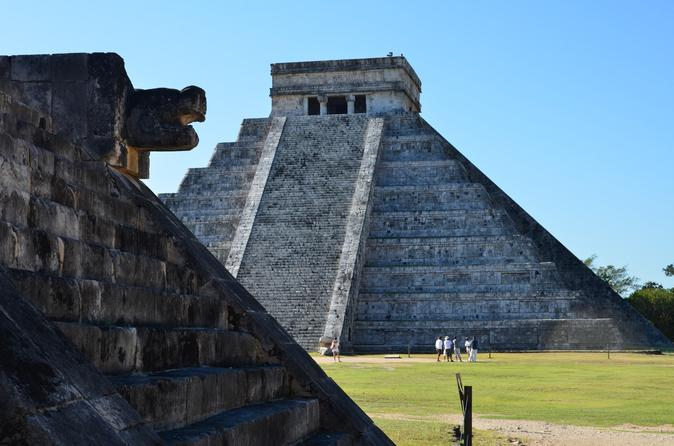 Chichen Itza Tour from Cancun Including Gourmet Lunch