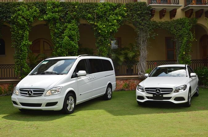Private Luxury Airport Transfer: Puerto Vallarta Airport to Hotel