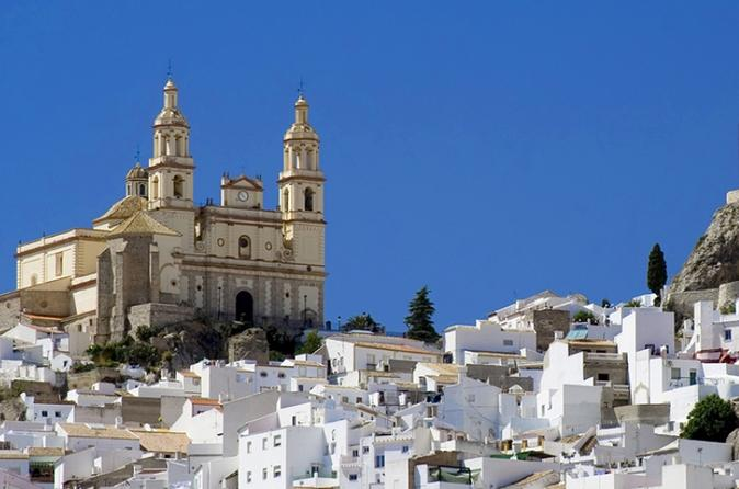 Ronda and White Villages Guided Day Tour from Seville