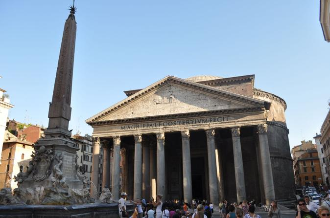 Small-Group Pantheon, Santa Maria on Via del Corso and Temple of Hadrian Tour in Rome