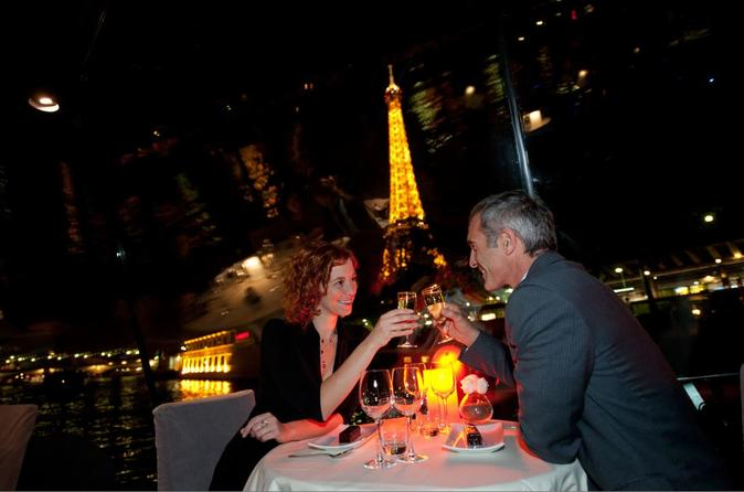 Valentine's Day Bateaux Parisiens Seine River Cruise with 5-Course Dinner and Live Music