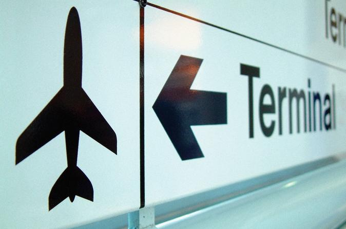 Private Arrival Transfer: Belfast Airport to Hotel