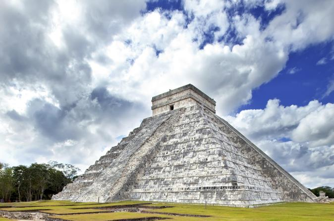 Cancun Super Saver: Exclusive Chichen Itza and Coba Early Access Tours led by Archaeologist