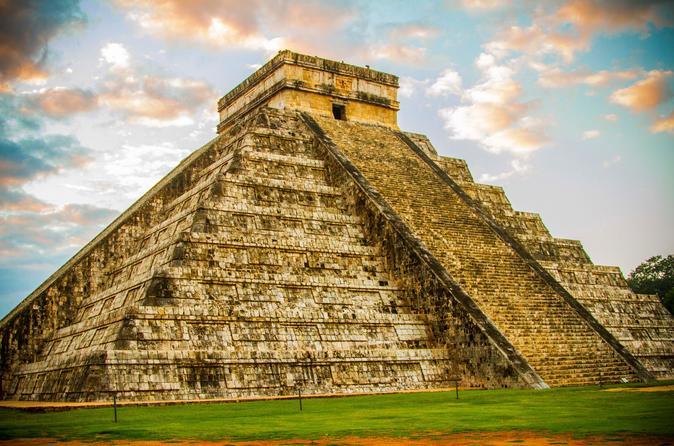 Cancun Supereconômico: acesso antecipado exclusivo para Chichen Itza além de acesso antecipado às Ruínas de Tulum com um guia arqueólogo