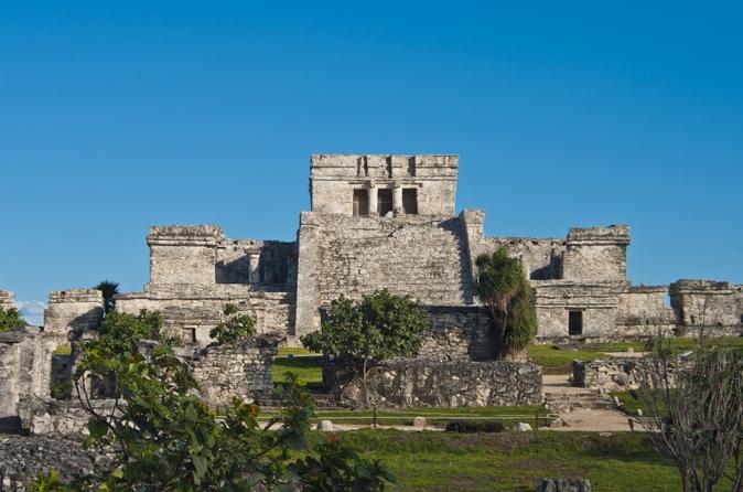 Exclusivo da Viator: acesso antecipado às Ruínas de Tulum saindo de Playa del Carmen com um arqueólogo