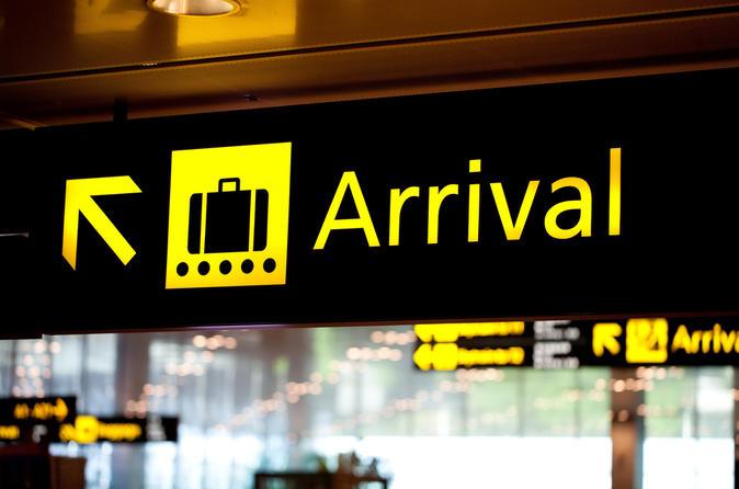 Shared Arrival Transfer: Ixtapa-Zihuatanejo International Airport to Hotels