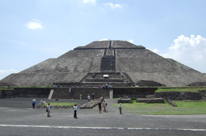 Teotihuacan Pyramids and Basilica of Guadalupe