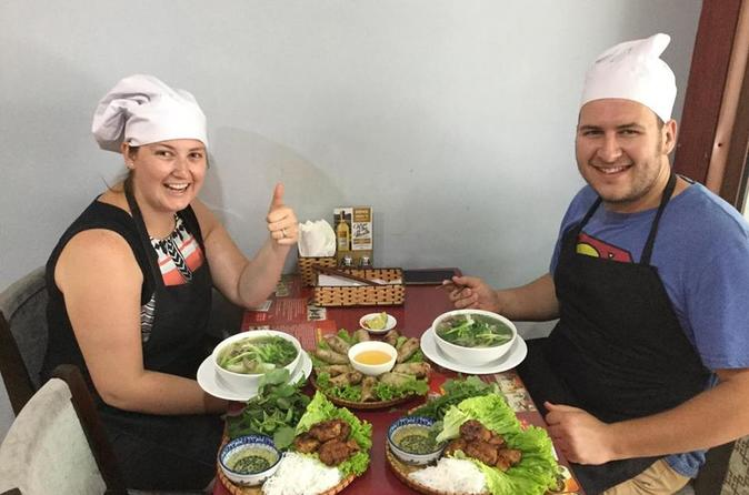 Hanoi Home Cooking Class With Market Visiting