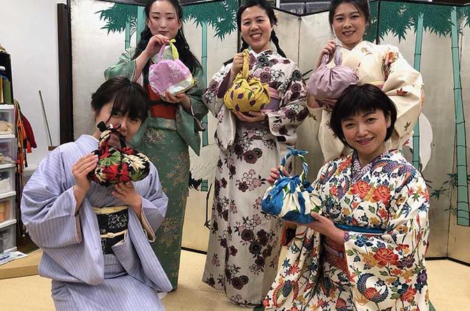Furoshiki Wrapping Class in Sapporo