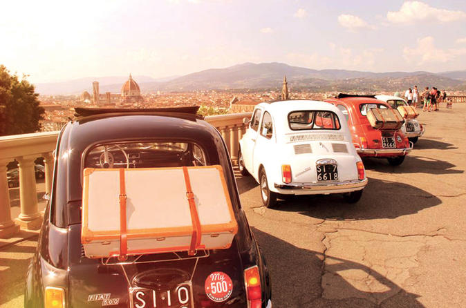 Fiat 500 Vintage Tour by Night from Florence with Dinner