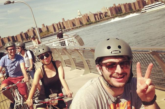 Private bike tour of brooklyn s waterfront in new york 327672