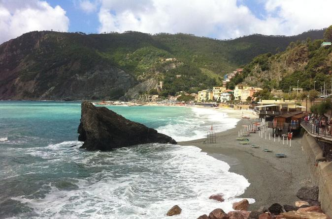 Monterosso aperitivo tour with local food and wine in monterosso al mare 443913
