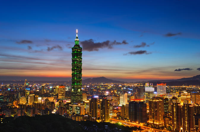 Taipei layover tour private city sightseeing with round trip airport in taipei 137270