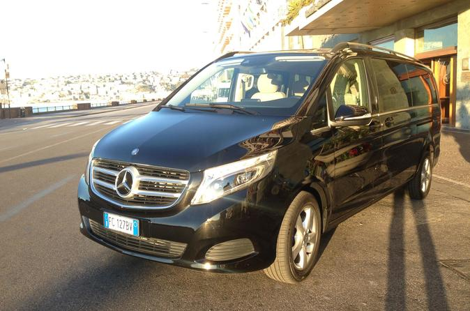Transferts from Naples Airport for all destinations with luxury cars!
