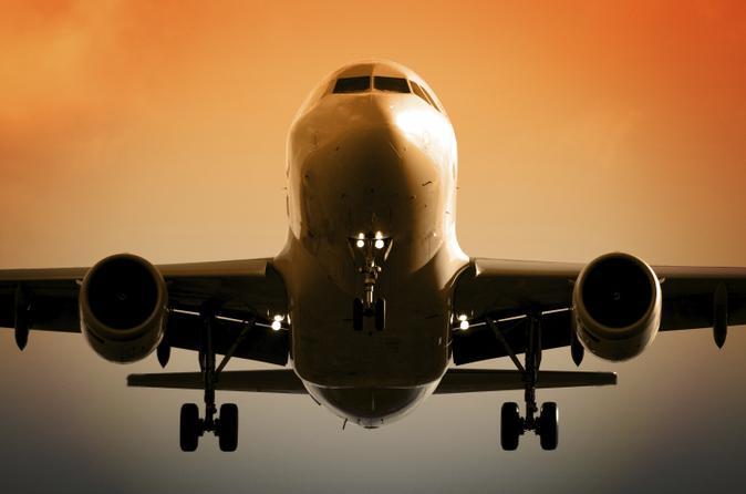 Private Departure Transfer: Kobe to Osaka Airports
